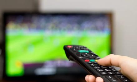 Derby Manchesteru i mecze weekendu 12-13.12. Co i gdzie oglądać? Transmisja live stream online i na żywo w tv