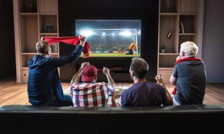 Mecze piłkarskie 2-4.01. Transmisje ZA DARMO w internecie i na żywo w tv. Co i gdzie oglądać?